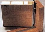 スウェーデン製の木製断熱玄関戸